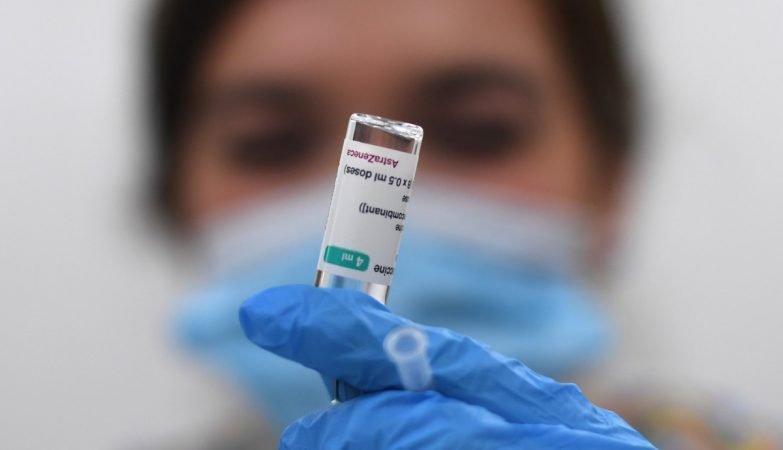 Responsável da EMA confirma ligação entre vacina da Astrazeneca e tromboses